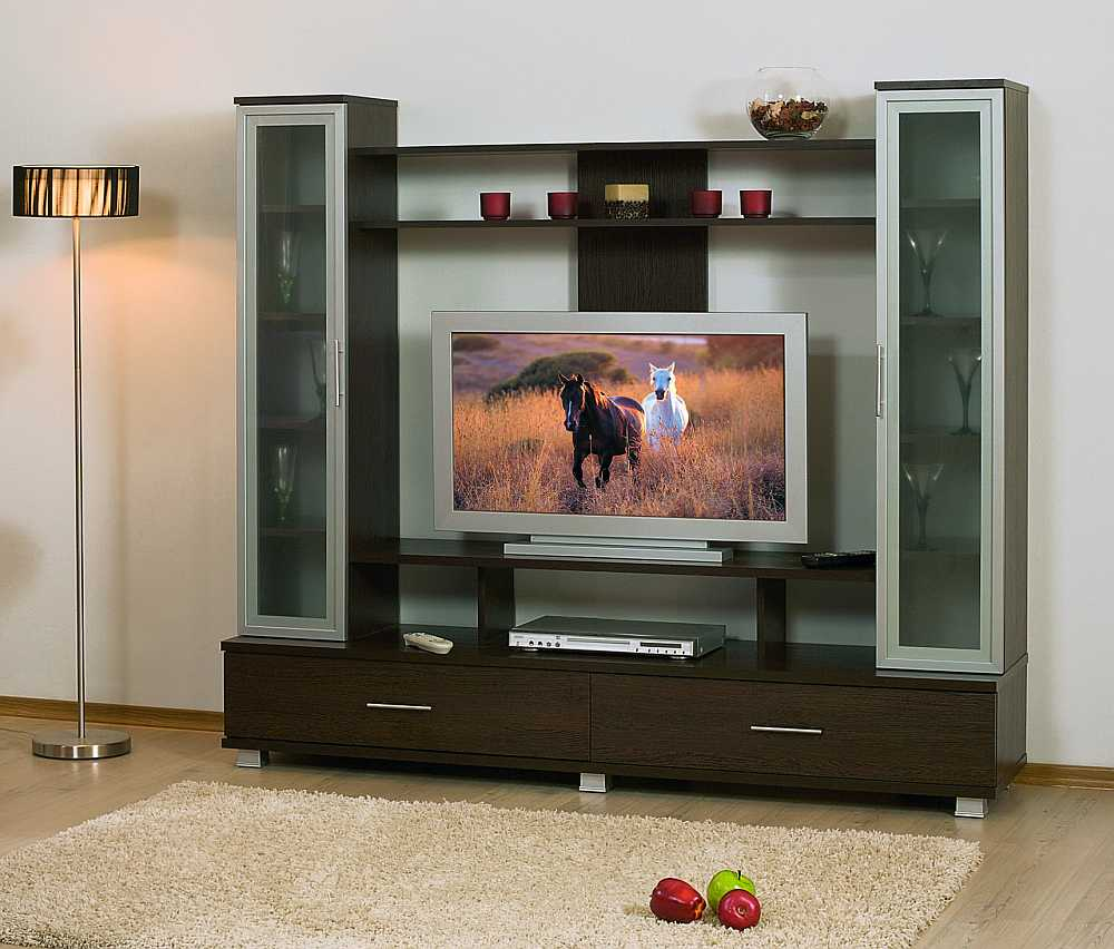 Для гостиной современная мебель для